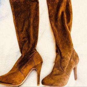 Shoes - Aldo size 6 suede boots